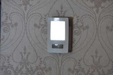 China Compact Size LED Power Failure Night Light Long Life Time Ideal For Hallway / Kitchen supplier